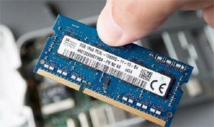 Cara menambah atau Mengganti RAM pada Laptop